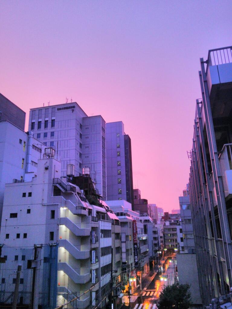 千代田区、朝焼け