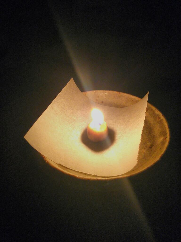 蜜蜂の巣で作った蝋燭